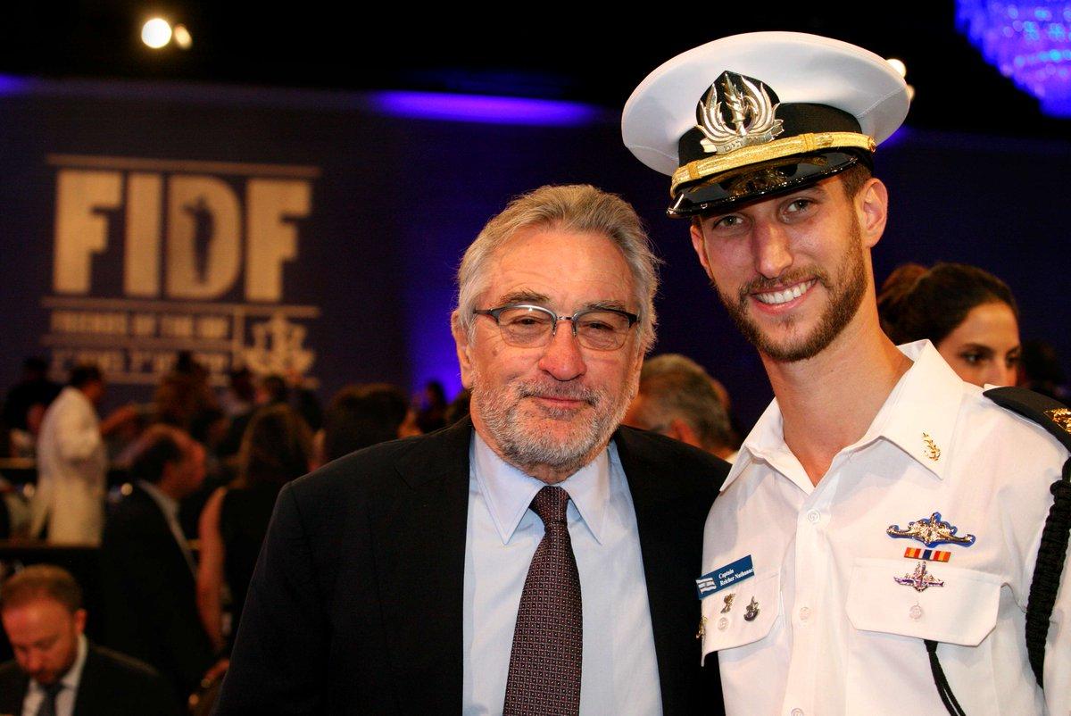 Robert Deniro with an IDF Naval Officer